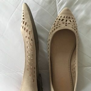 Old navy beige cutout flats